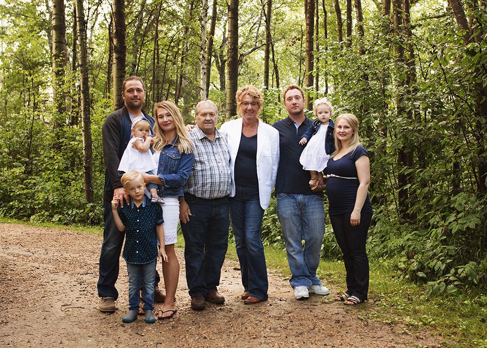Edmonton Extended Family Photographer_Miller Family 1.jpg