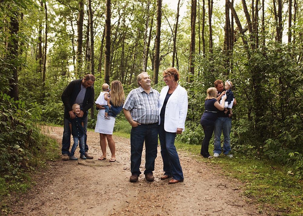 Edmonton Extended Family Photographer_Miller Family 2.jpg