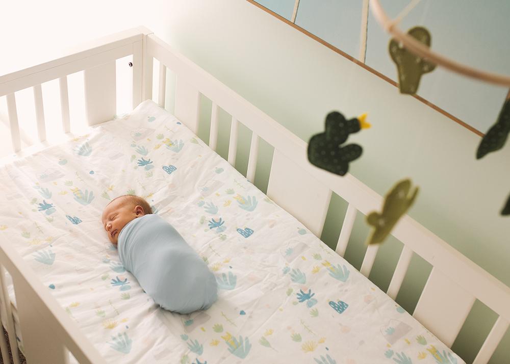 Edmonton Newborn Photographer_Baby Lincoln Sneak Peek 4.jpg