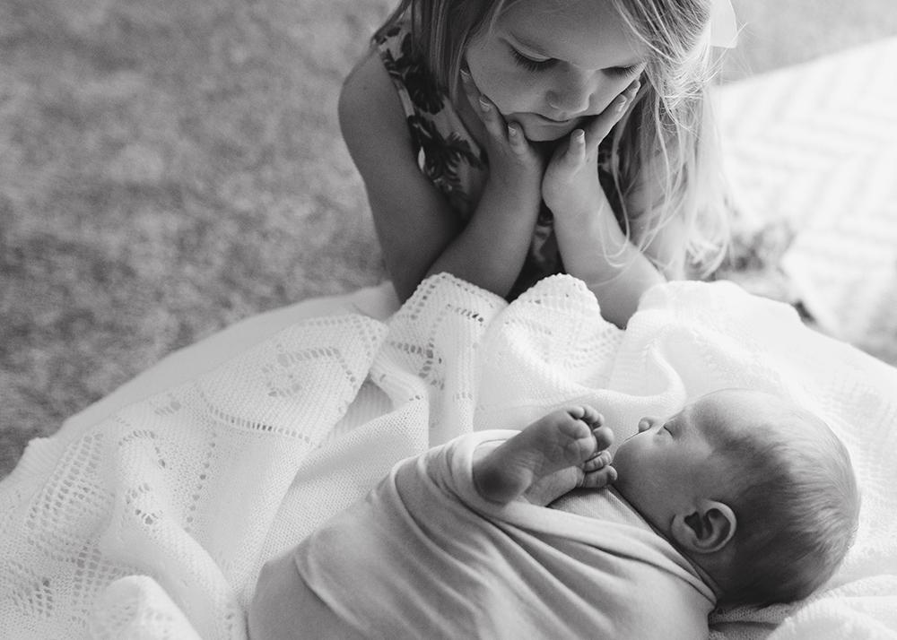 Edmonton Newborn Photographer_Baby Lincoln Sneak Peek 8.jpg