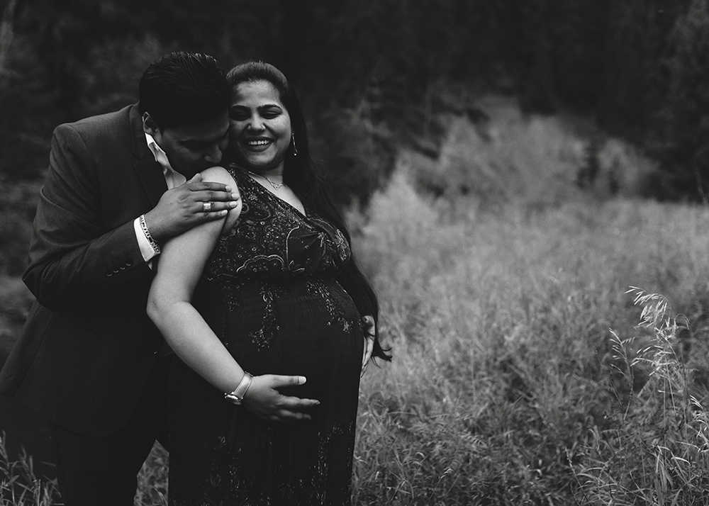 Edmonton Maternity Photographer_Jyoti Sneak Peek 5.jpg