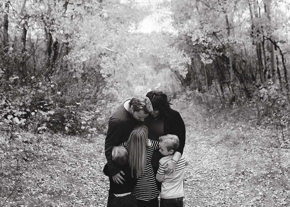 Edmonton Family Photographer_Labrenz Family Sneak Peek 2.jpg