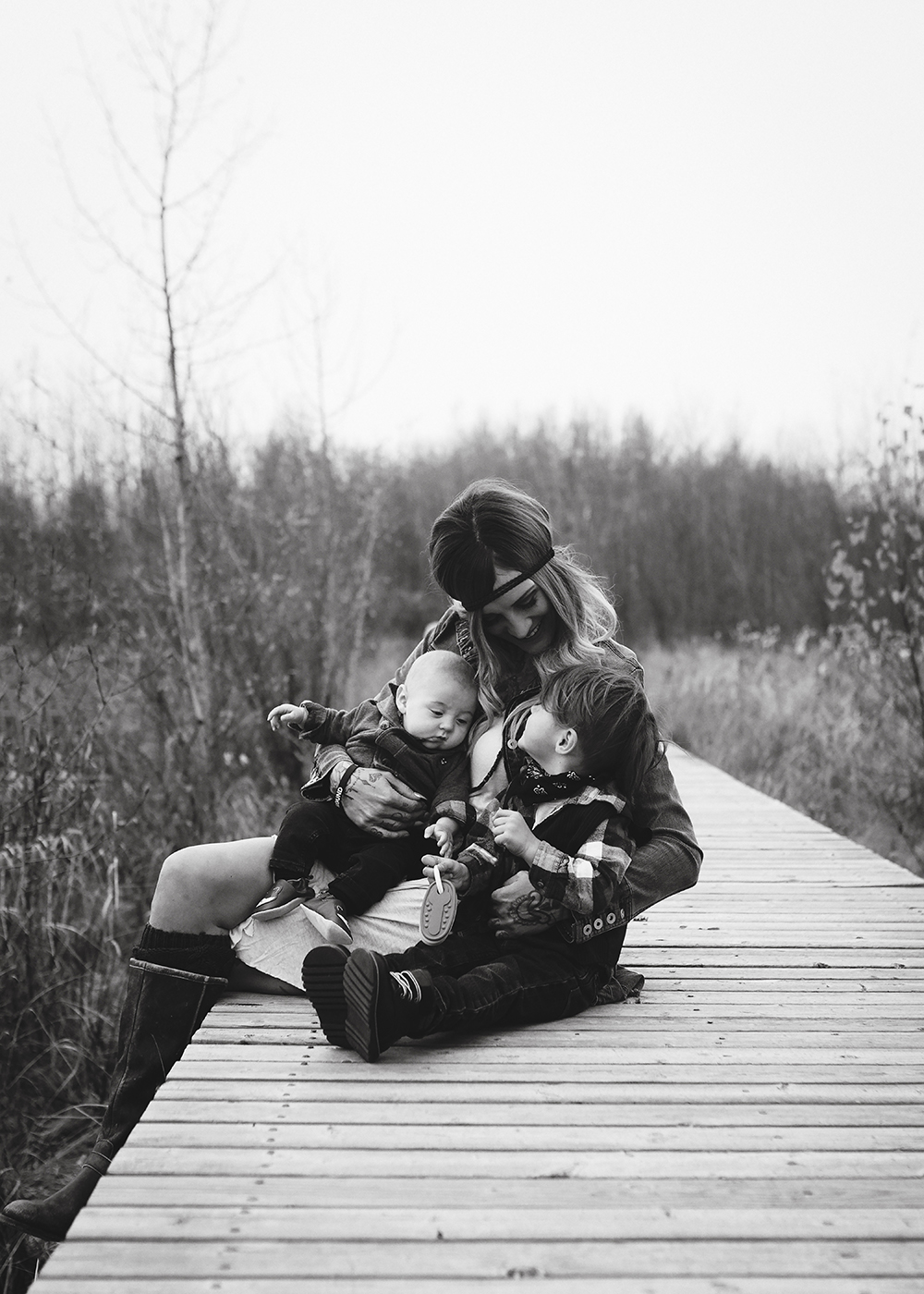 Devon Alberta Family Photographer_Grimson Family Sneak Peek 4.jpg