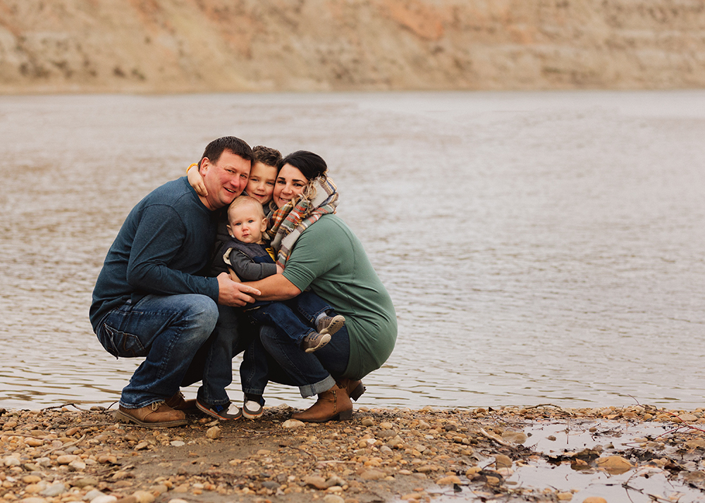 Edmonton family photographer_Schmidt Family Sneak Peek 1.jpg
