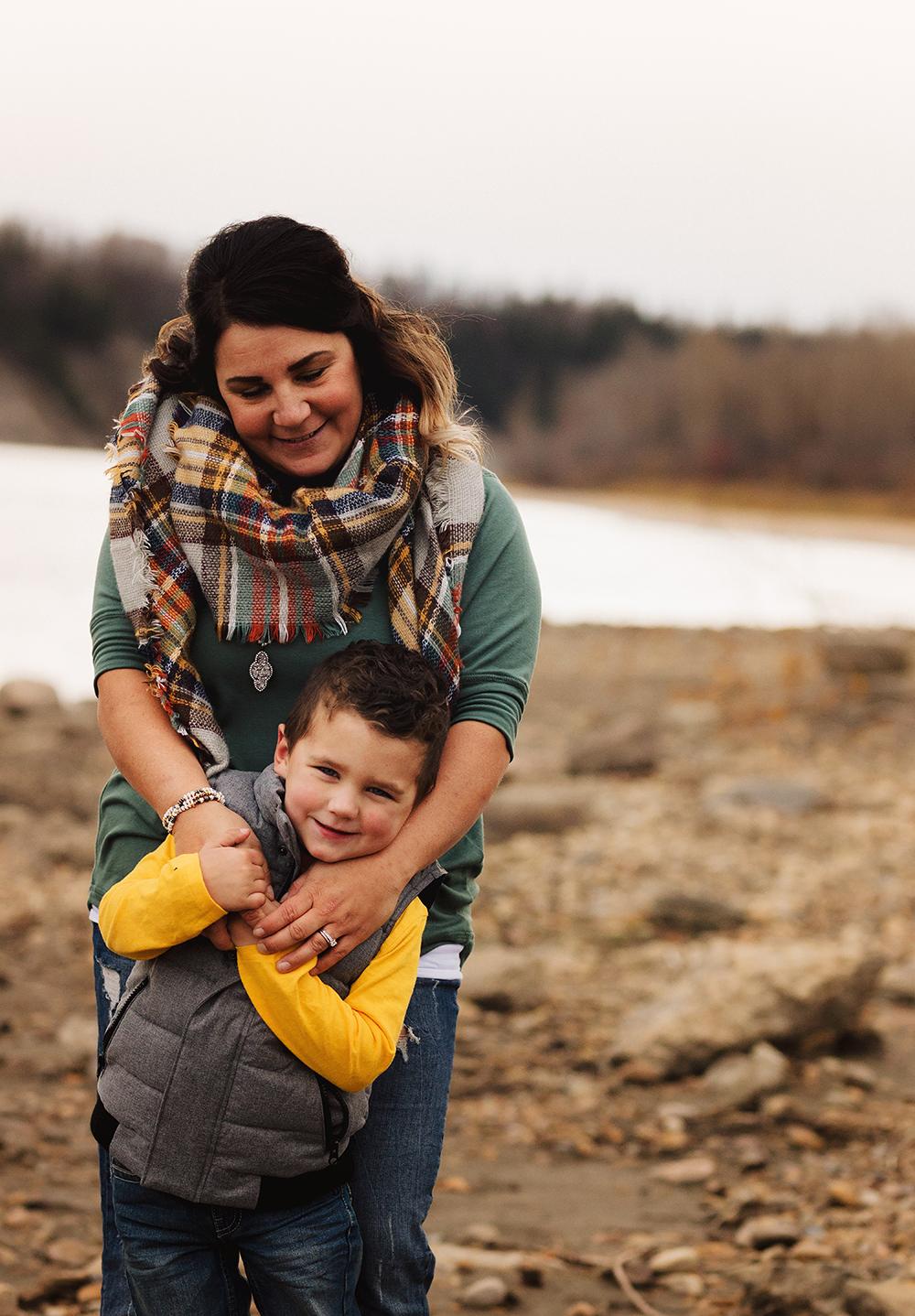 Edmonton family photographer_Schmidt Family Sneak Peek 5.jpg