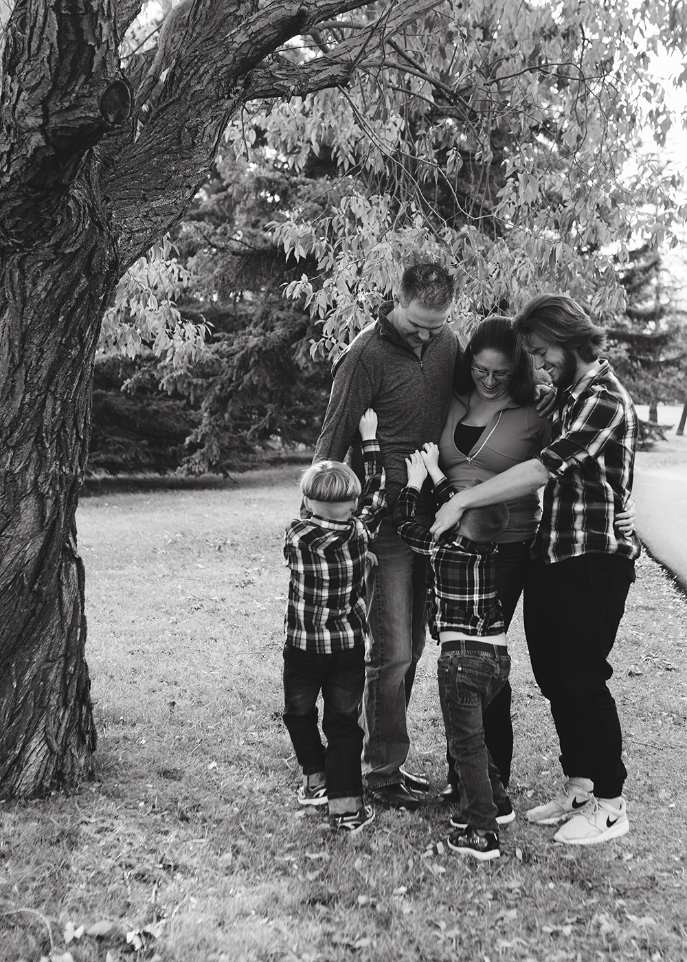 Edmonton Family Photographer_Roberts Family Sneak Peek 1.jpg