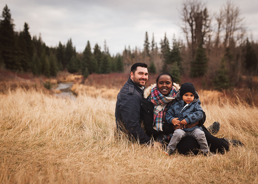 Edmonton Family Photographer_Sylvester Family Sneak Peek 1.jpg