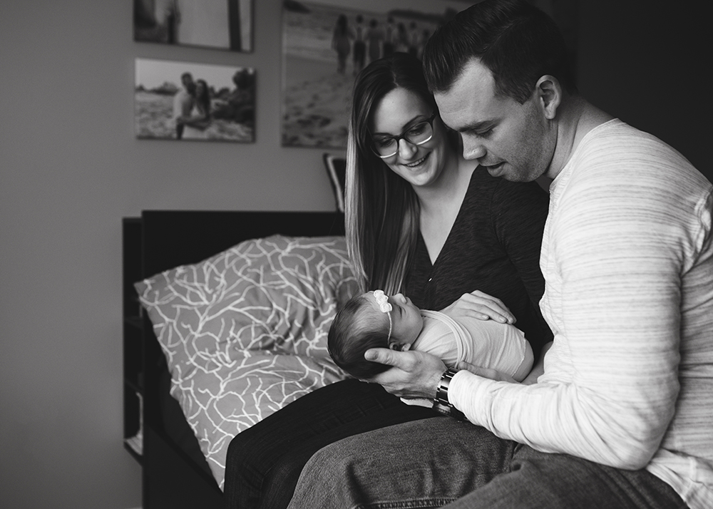 Edmonton Newborn Photographer_Baby Madelyn Sneak Peek 7.jpg