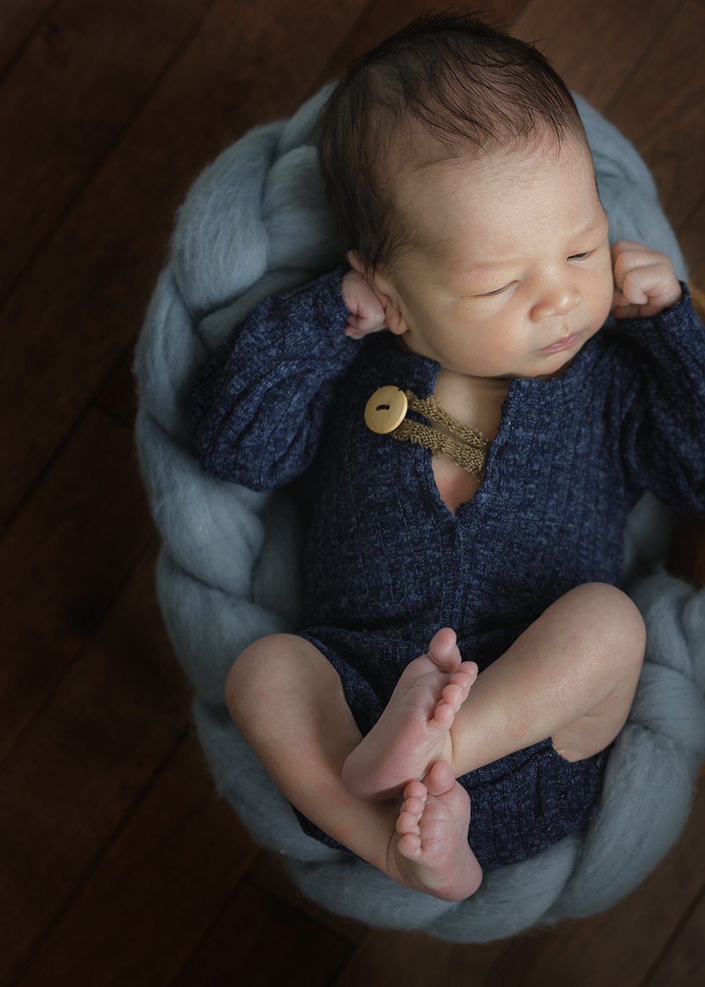 Edmonton Newborn Photographer_Baby Vinh 11.jpg