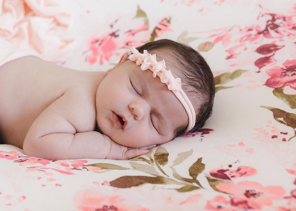 Edmonton Newborn Photographer_Baby Mila Sneak Peek 10.jpg