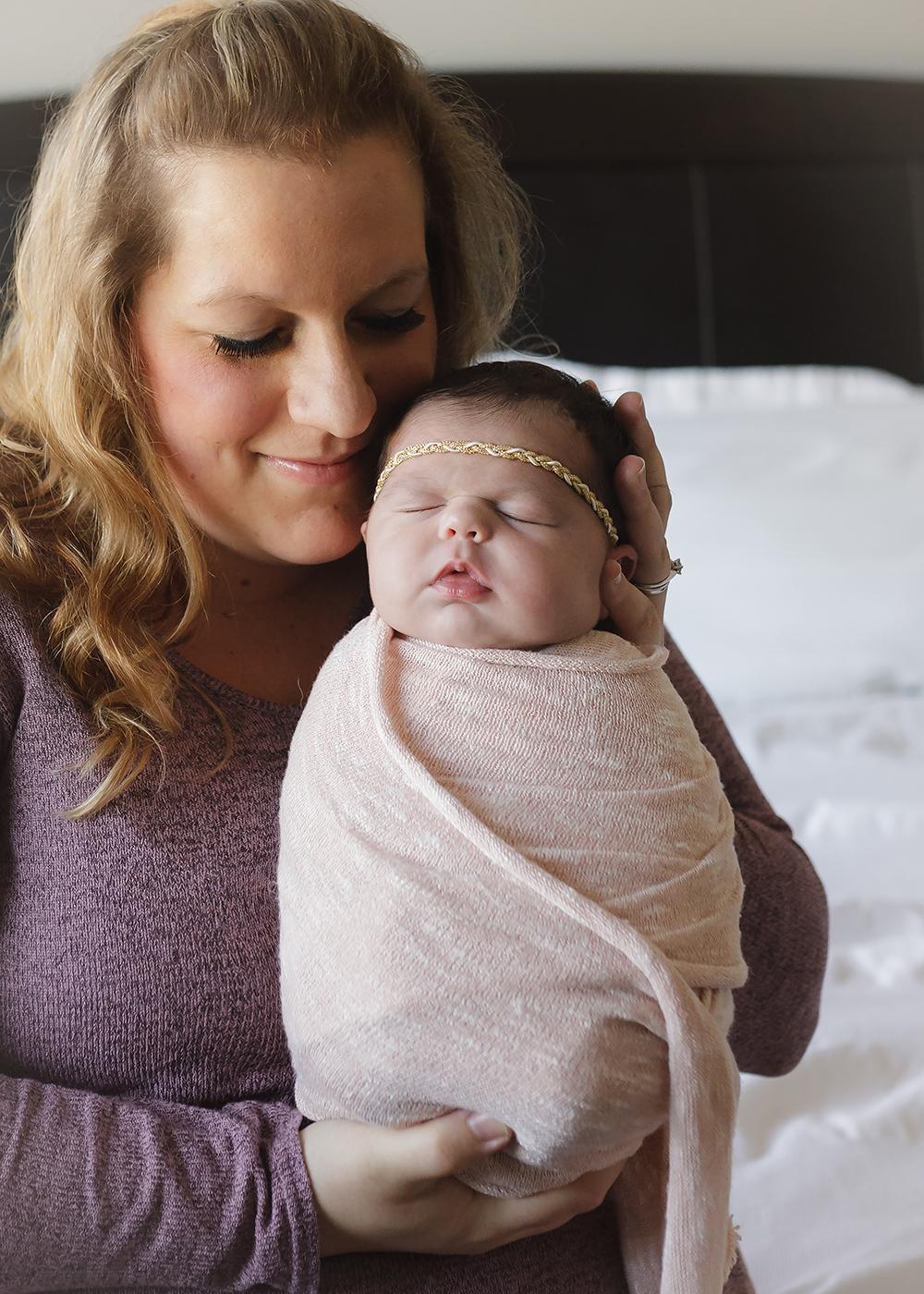 Edmonton Newborn Photographer_Baby Mila Sneak Peek 9.jpg
