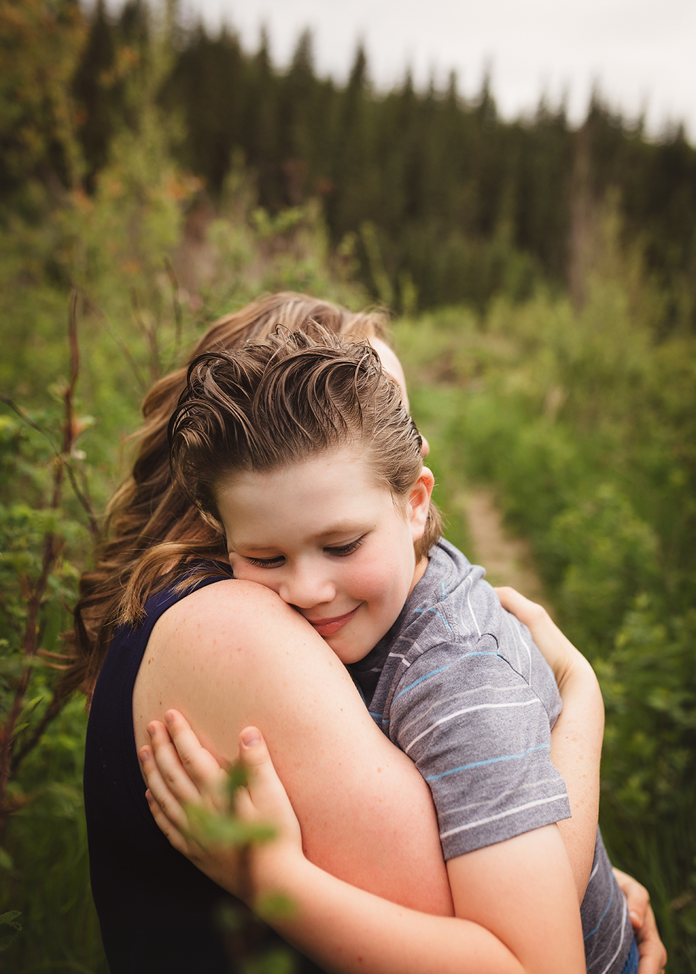Edmonton Family Photographer_Voss Family Sneak Peek 7.jpg