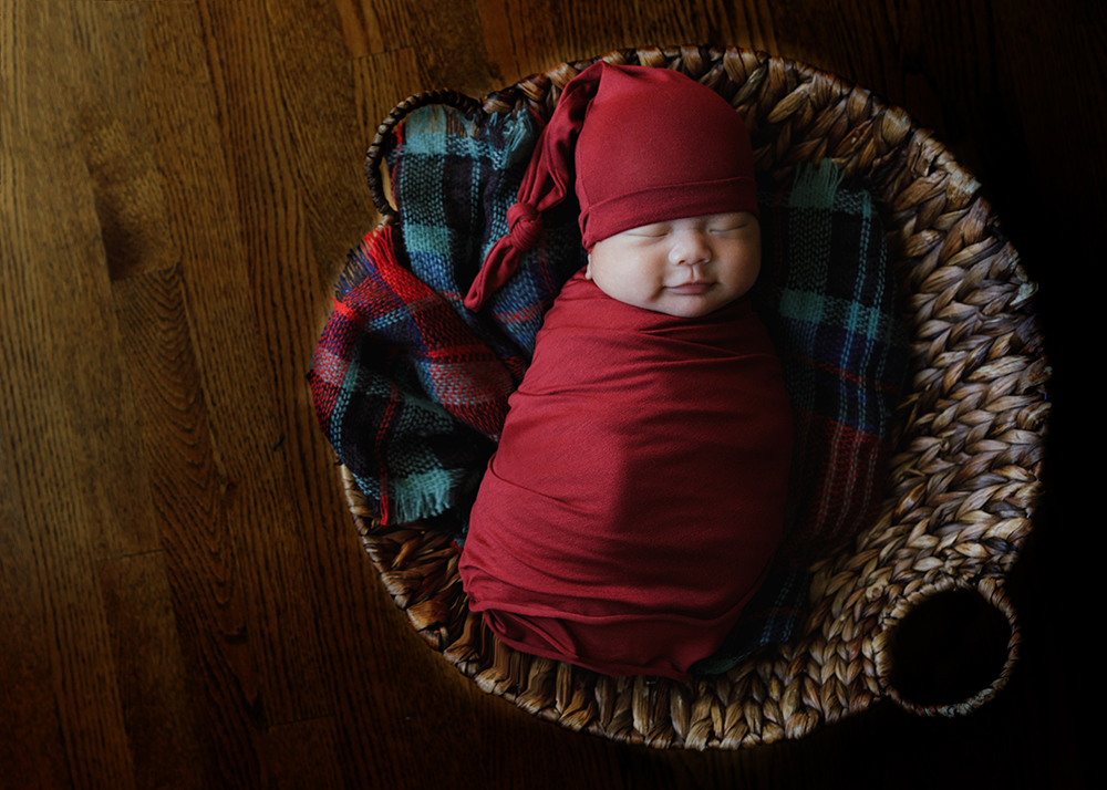 Edmonton Newborn Photographer_Baby Alexander Sneak Peek 5.jpg