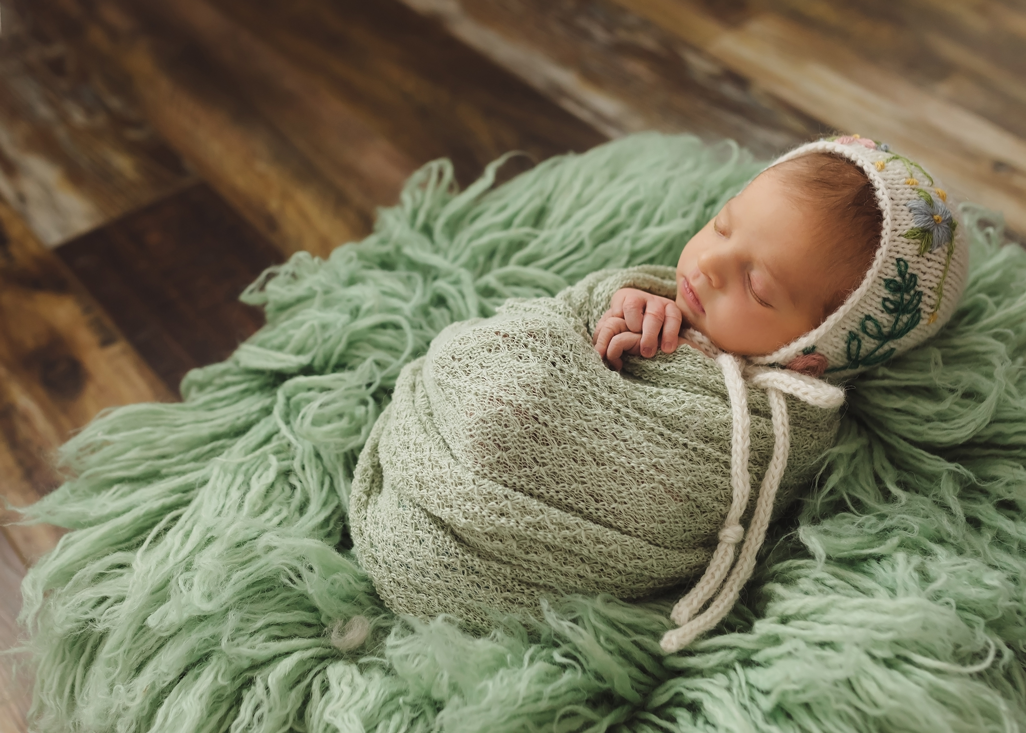 Alberta Newborn Photographer_Baby Madelaine Sneak Peek 9.jpg
