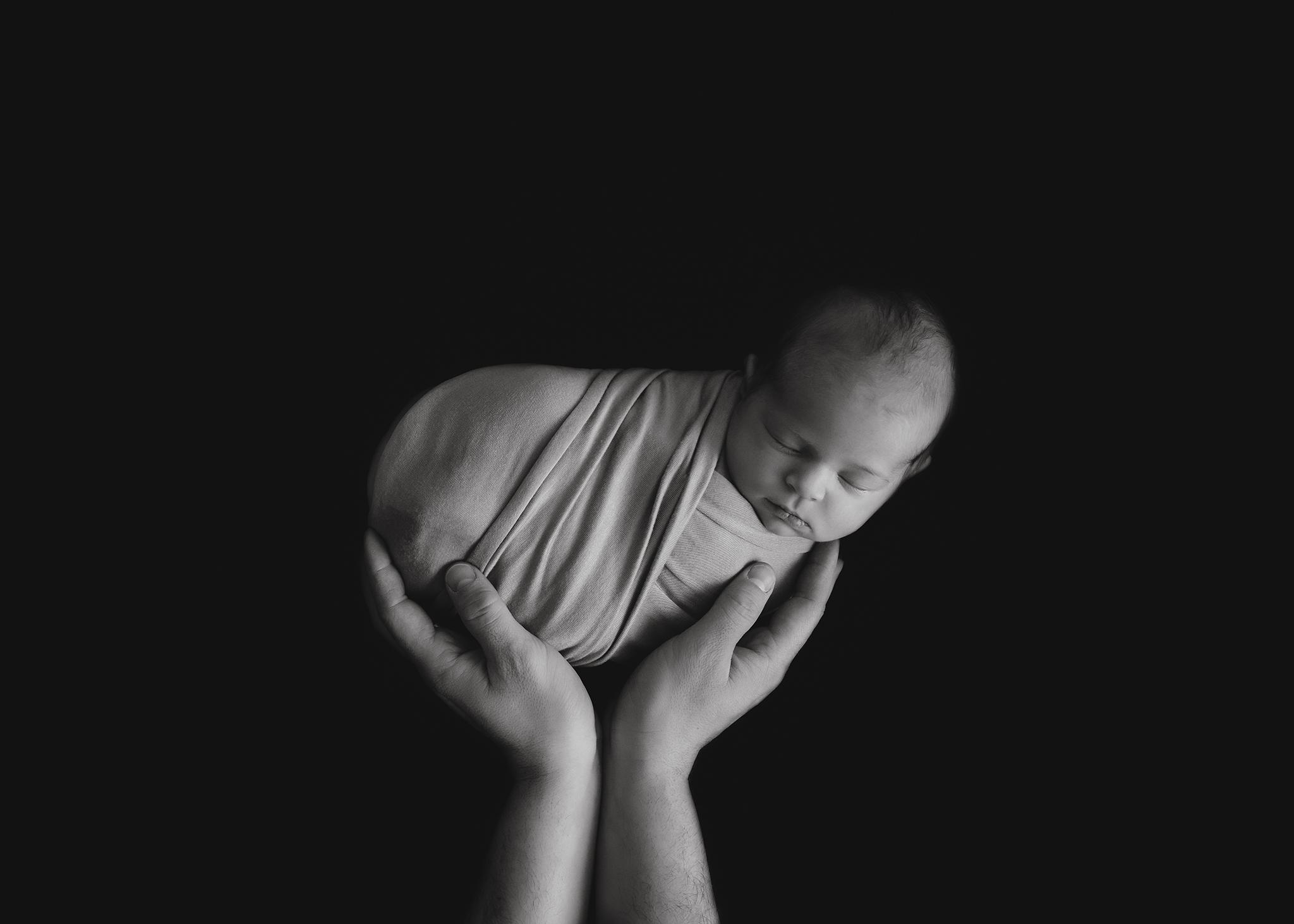Edmonton Newborn Photographer_Baby Tenleigh 10.jpg