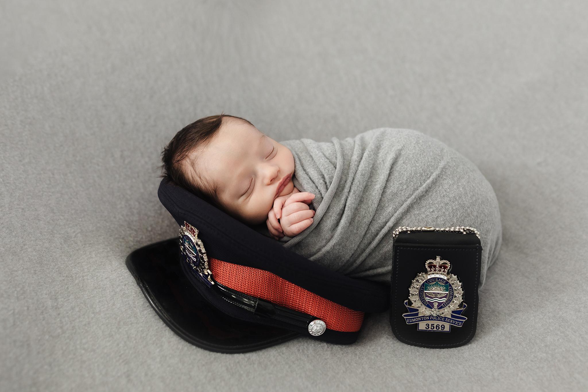 Edmonton Maternity_Fresh48_Newborn Photographer_Baby Hendrix 11.jpg