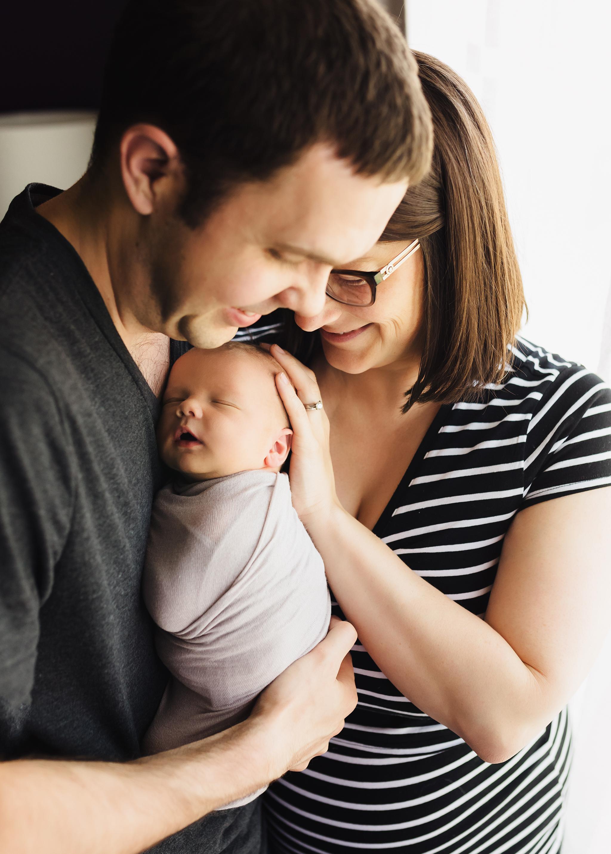 Edmonton Newborn Photographer_Baby Bennett 2019 11.jpg