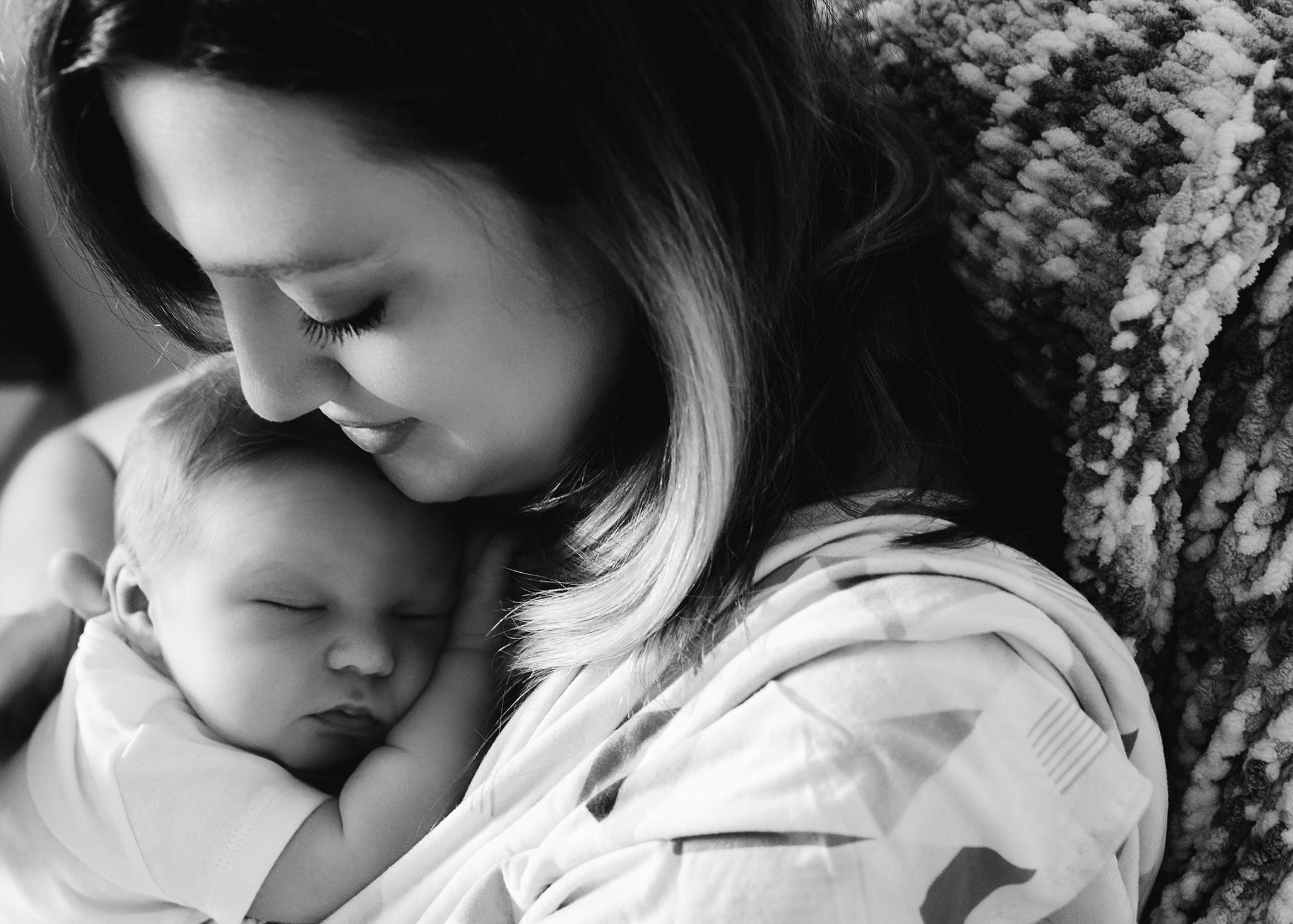 Edmonton Newborn Photographer_Baby Donovan 22.jpg