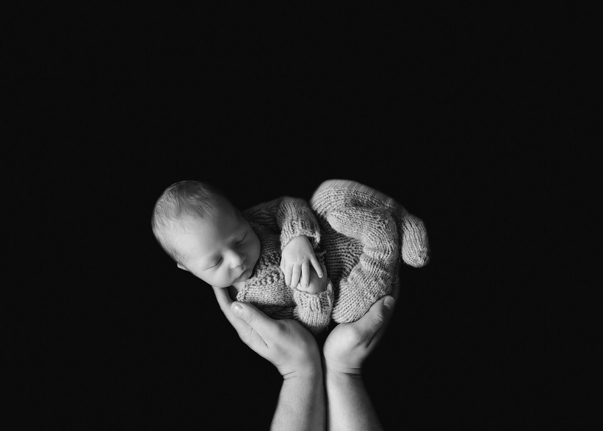 Edmonton Newborn Photographer_ Baby Bennett M 21.jpg