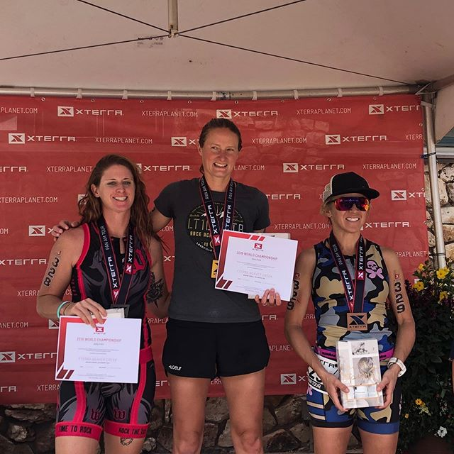 A trip to Colorado that was about much more than racing 😍. I had a great race in the thin air at @xterraplanet Beaver Creek to take the age group win and a qualifying slot to the world championships, then followed it up the day after with a solid 7th place woman in the Xterra 19k trail run. Sandwiched around the racing were memorable times catching up and playing with with friends old and new; all set to the beautiful backdrop of the Rocky Mountains. Headed home for a couple of weeks before returning to Colorado and the even thinner air of Leadville to take on the @ltraceseries 100 MTB. To my best travel buddy @kimrlarson and everyone else who I got to spend time with along the way @debbysulli @deemccurdy @1soule1 @cliffmillemann @karalapoint @linds_jackson @pollackrocket @suziesny thank you for a memorable weekend! And of course to @lesleydoestri @braveheartcoaching_official for embracing my crazy array of race ambitions this season 😬 #xterrabeavercreek #livemore