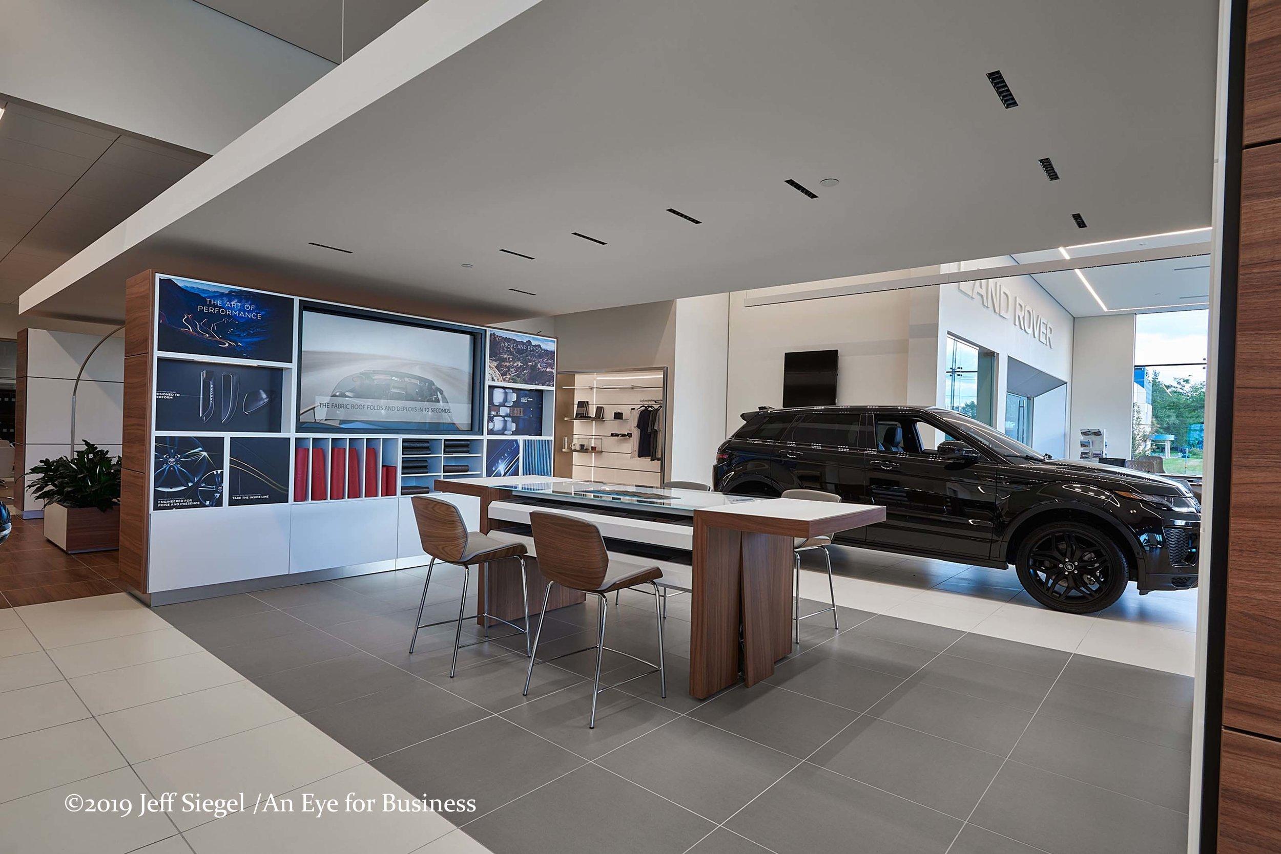 Jaguar-Info-area-web.jpg