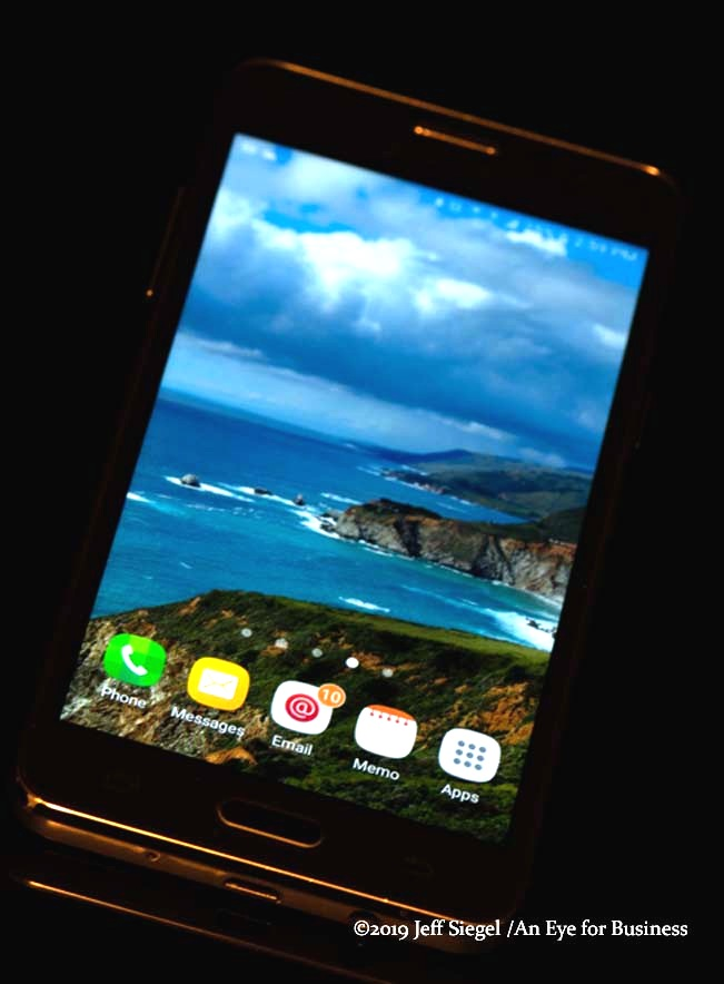 cellphone-2-web.jpg