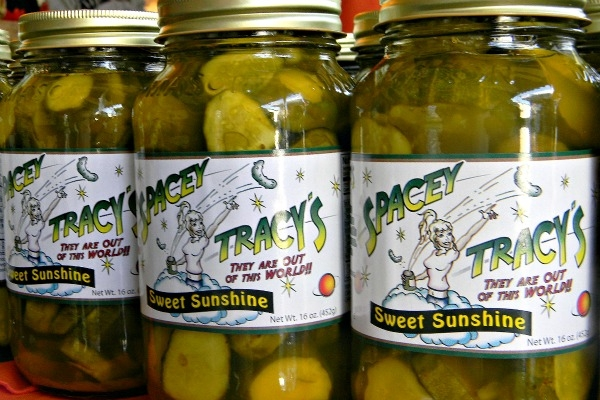 SPACEY TRACY'S PICKLES