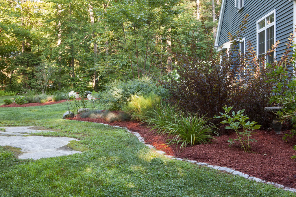 Red-Fern-Landscape-Design-New-Construction-Landscaping-Front-Yard-Back-Yard-Des-Moines