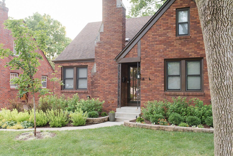 Red-Fern-Landscape-Design-home-value-landscaping.jpg
