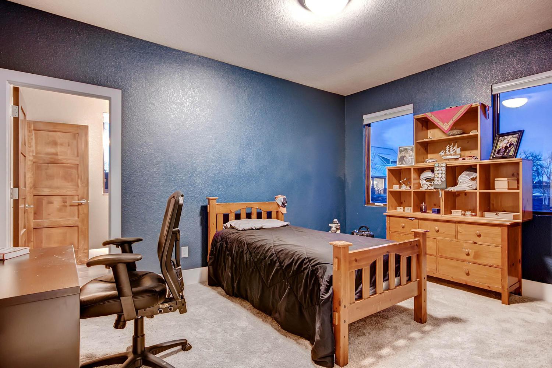 14681 Zuni St Broomfield CO-large-016-16-Bedroom-1500x1000-72dpi.jpg