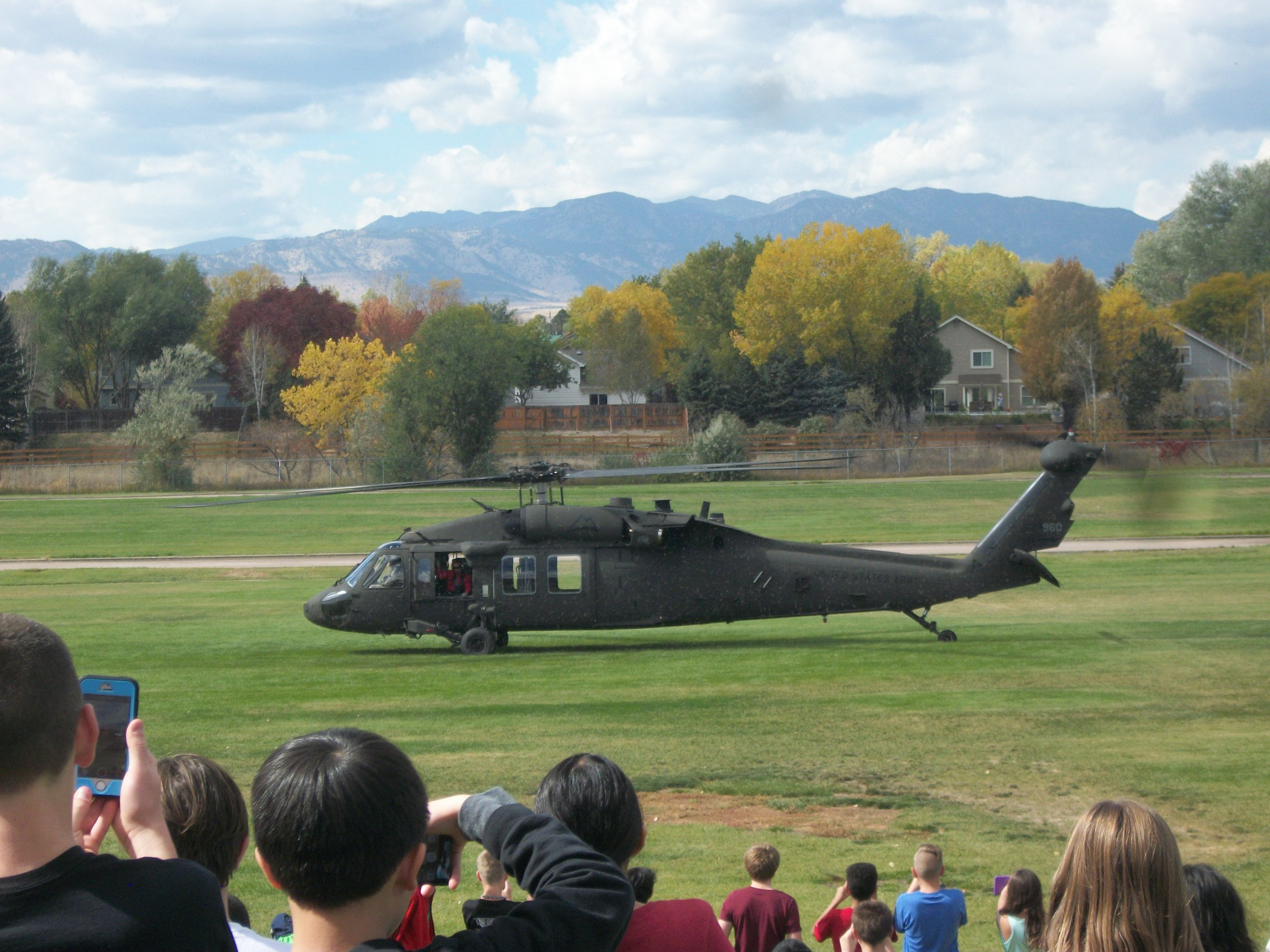 Fly-In at Mandalay Middle School 002.jpg