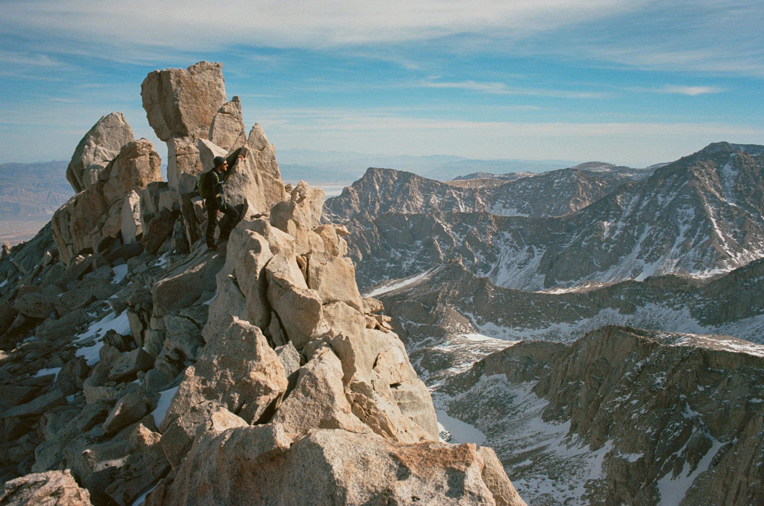 Sierra_MidWinter_Ski-6.jpg