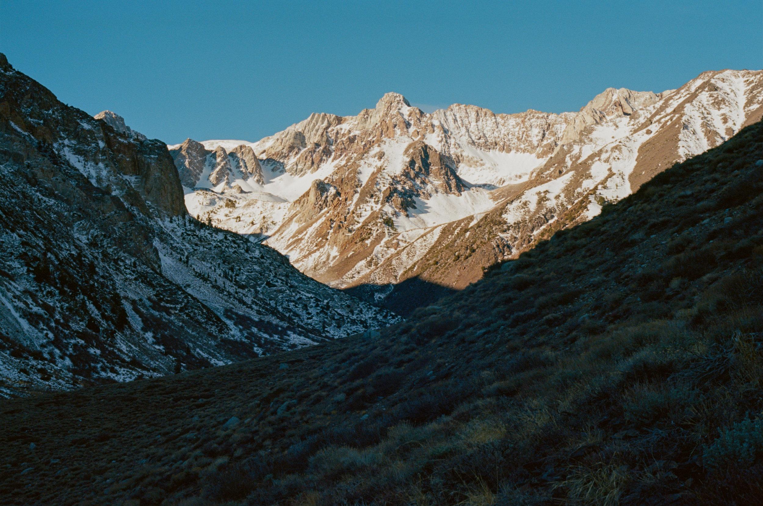 Sierra_MidWinter_Ski-18.jpg