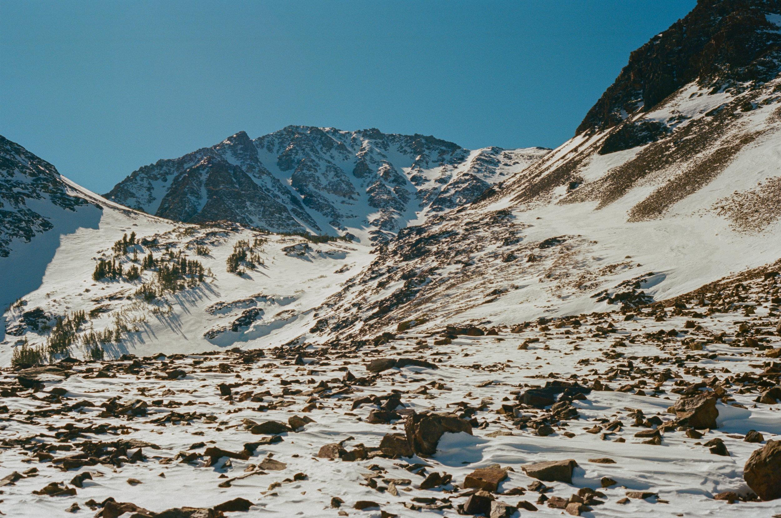 Sierra_MidWinter_Ski-20.jpg