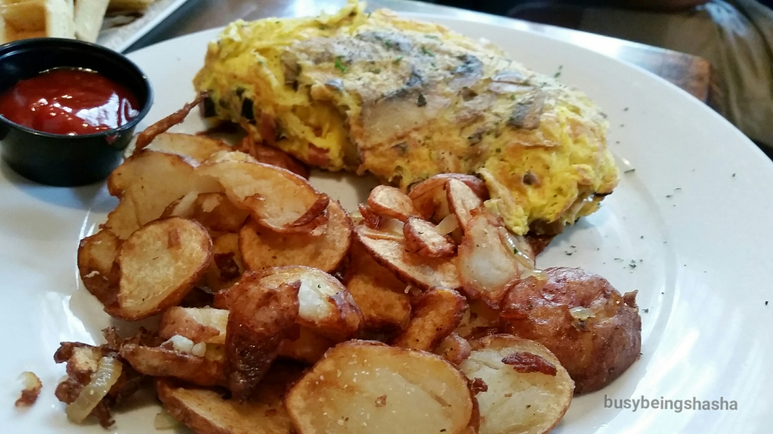 Create Your Own Omelet / Breakfast Potatoes