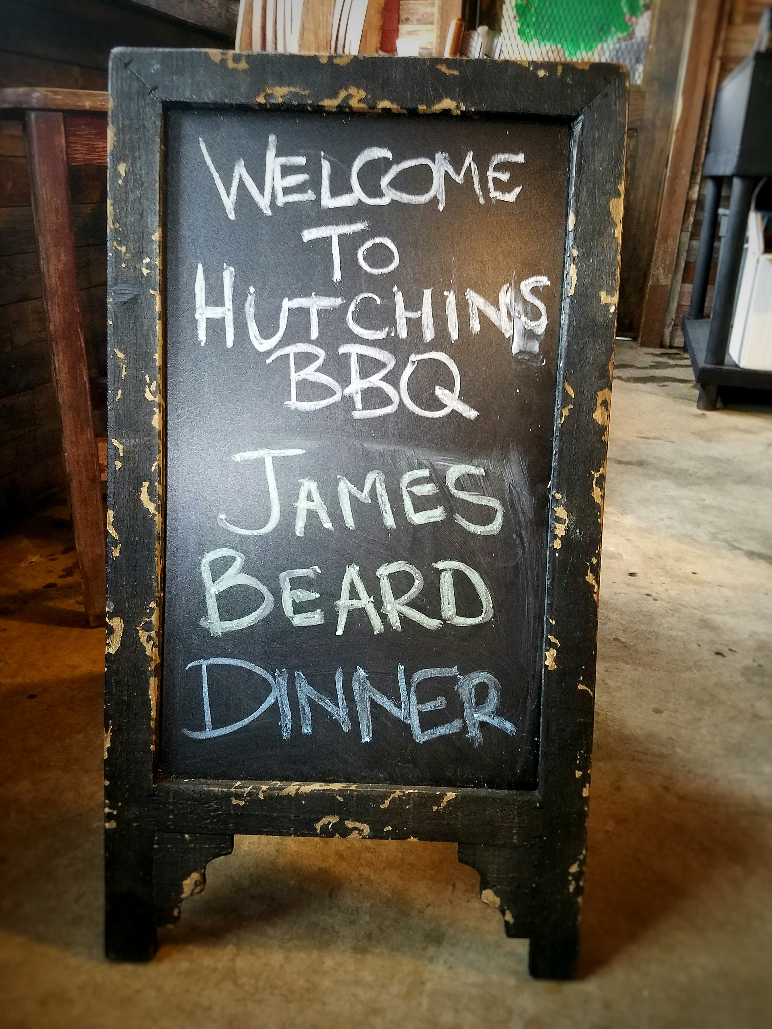 welcome-sign-hutchins-bbq