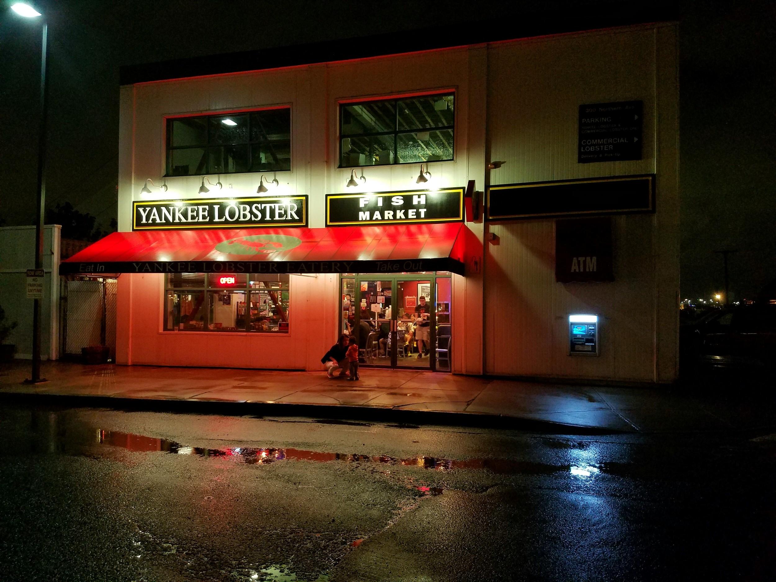 yankee-lobster-exterior-boston