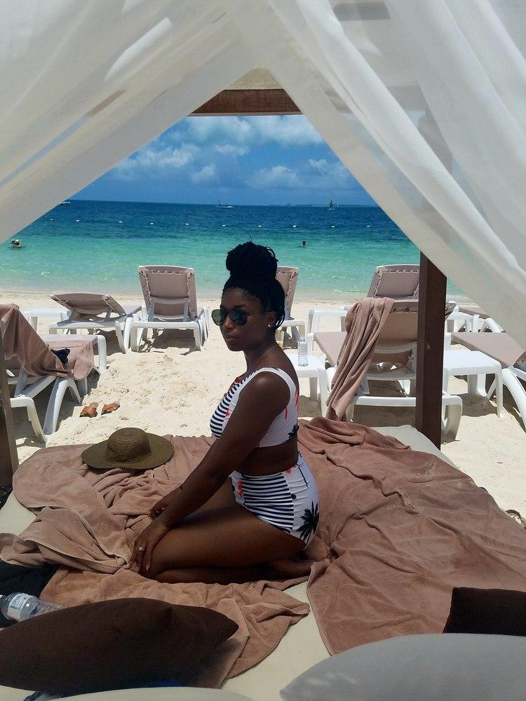 excellence-playa-mujeres-beach-cabanas