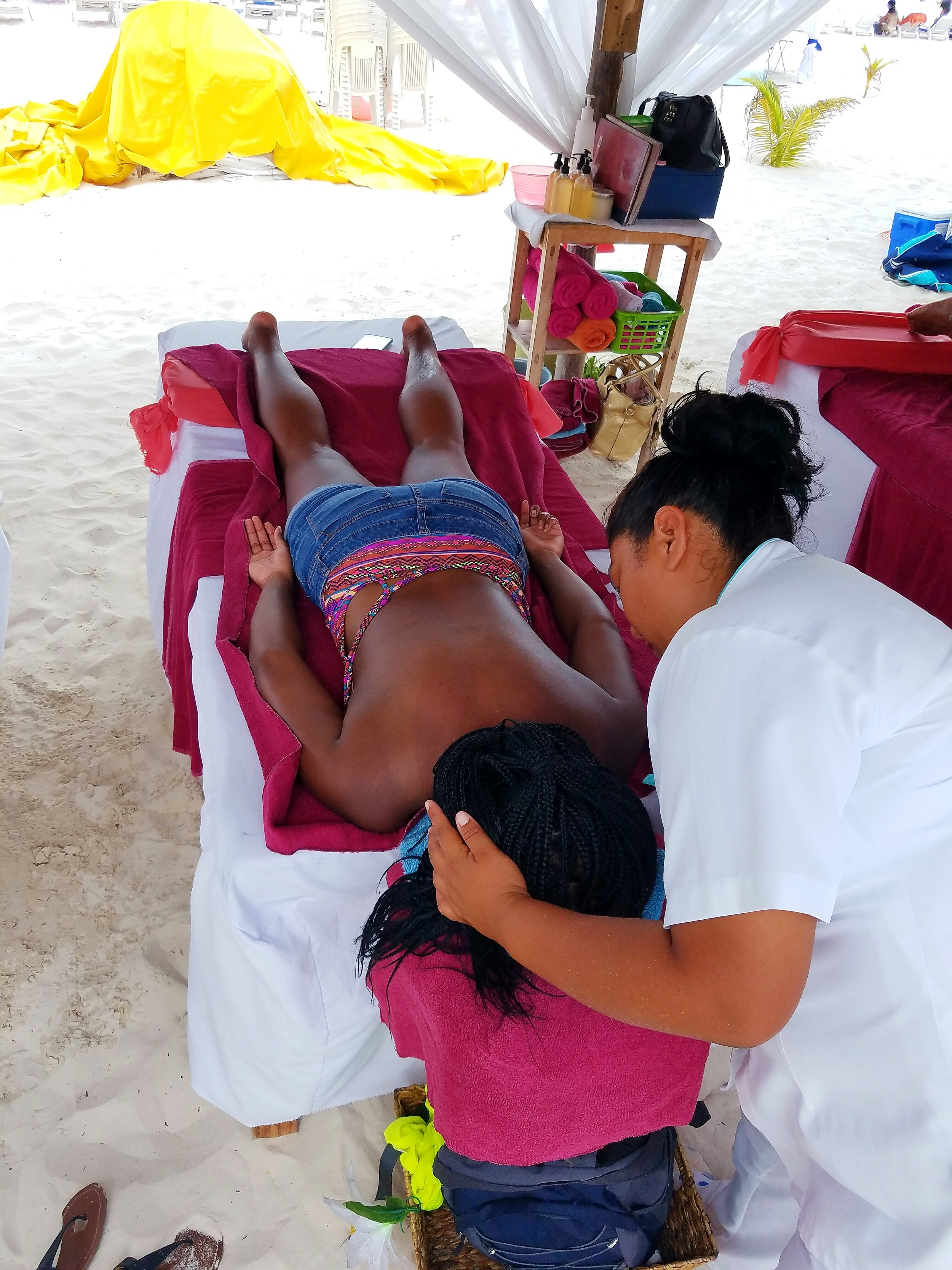 cheap-beach-massage-isla-mujeres