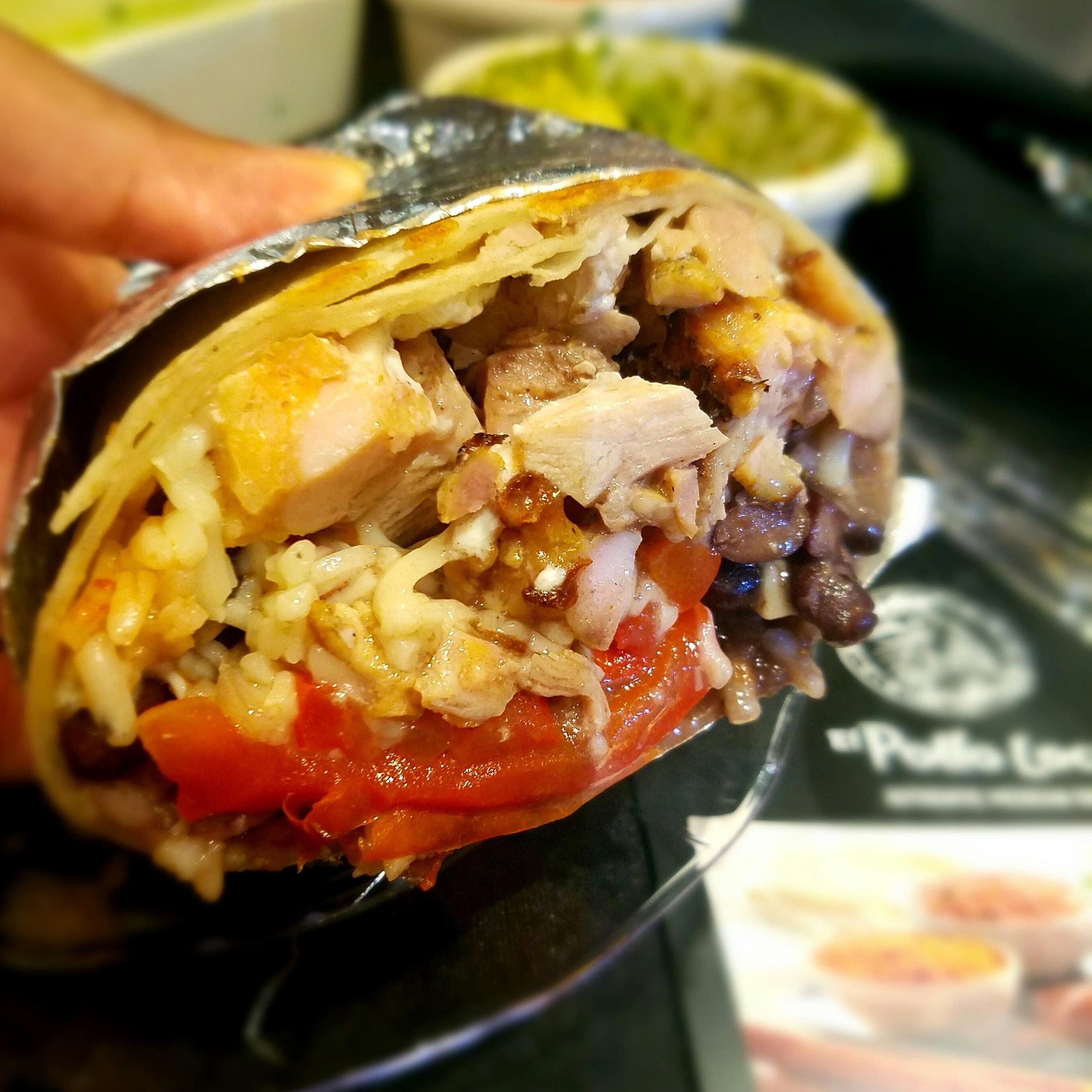 chicken-fajita-burrito-el-pollo-loco