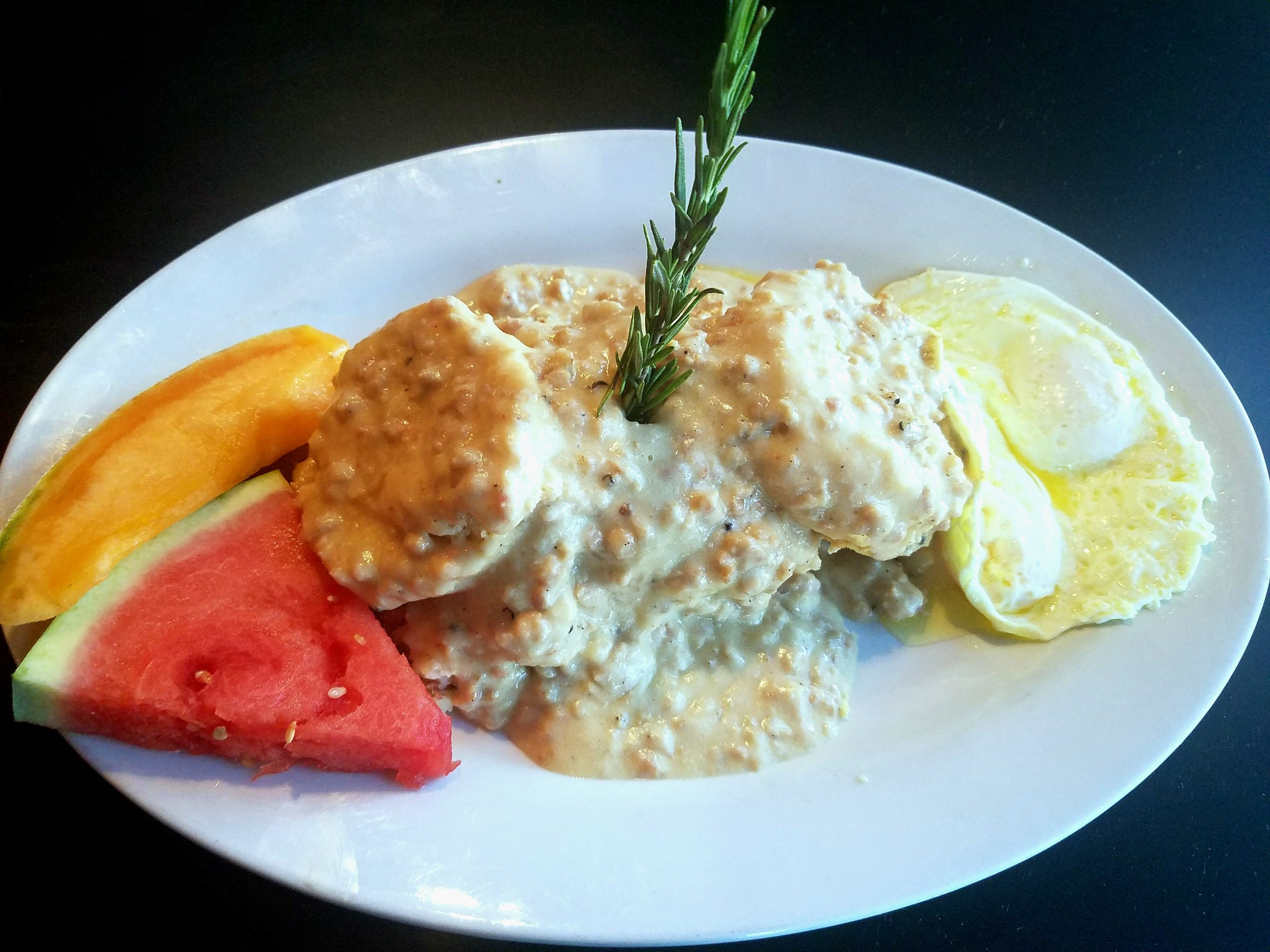 biscuits-and-gravy-hash-house-a-go-go