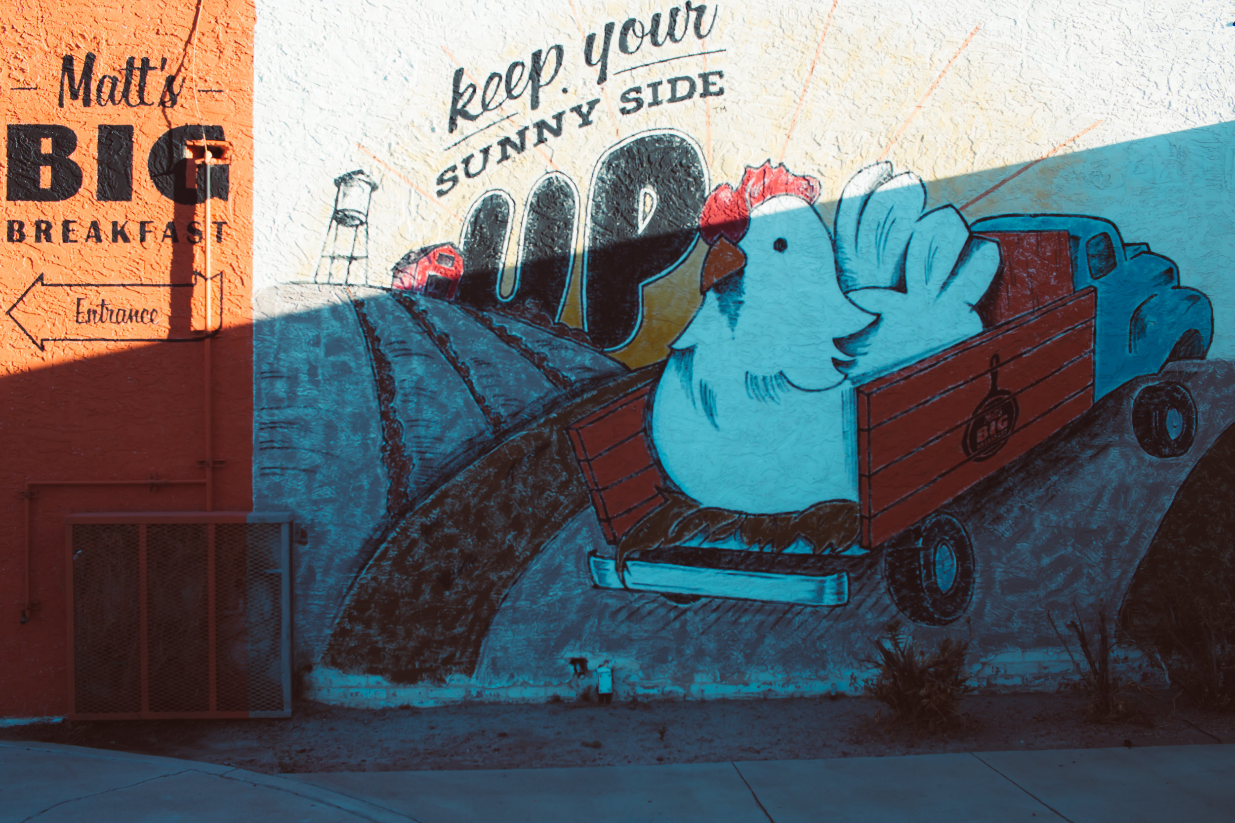 matts-big-breakfast-phoenix-arizona-mural