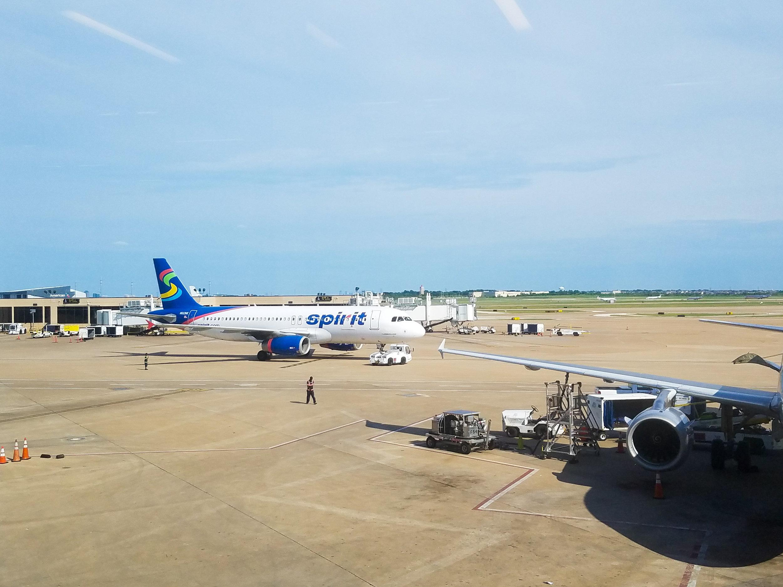 spirit-airlines-tarmac