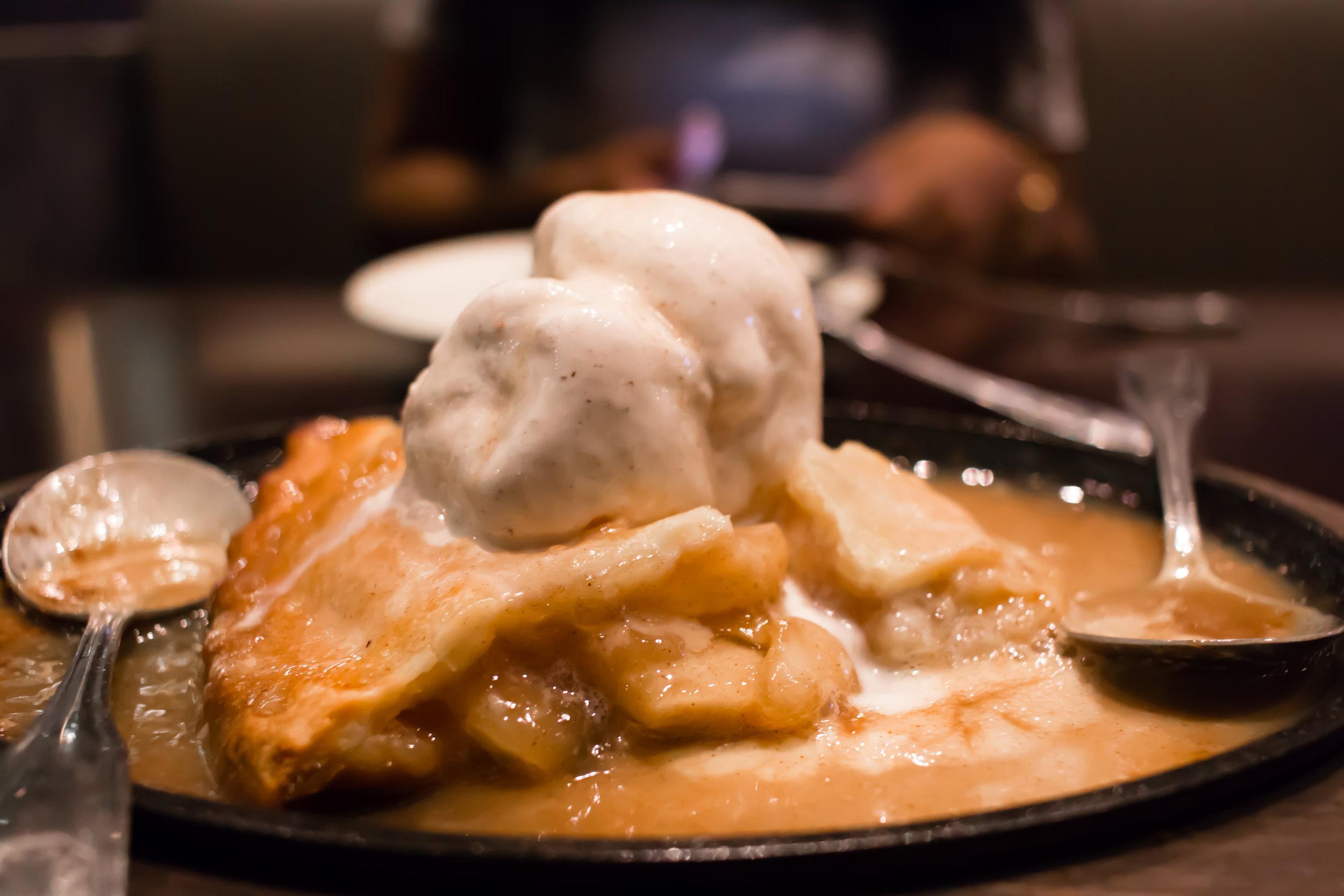 apple-pie-fernandos-mexican-cuisine