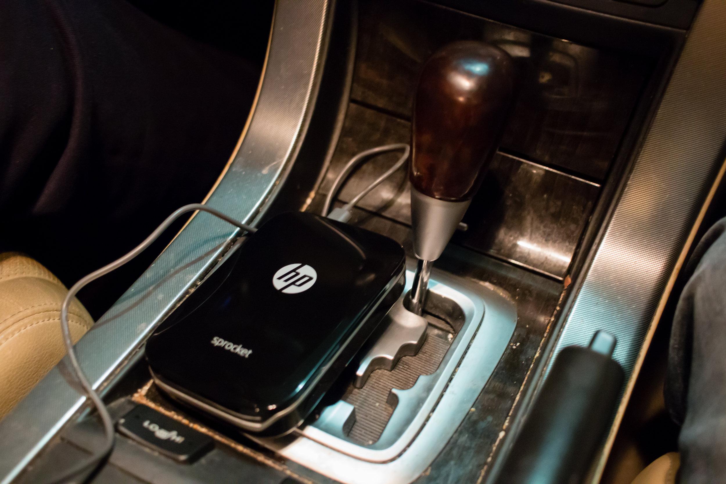 hp-sprocket-portable charging