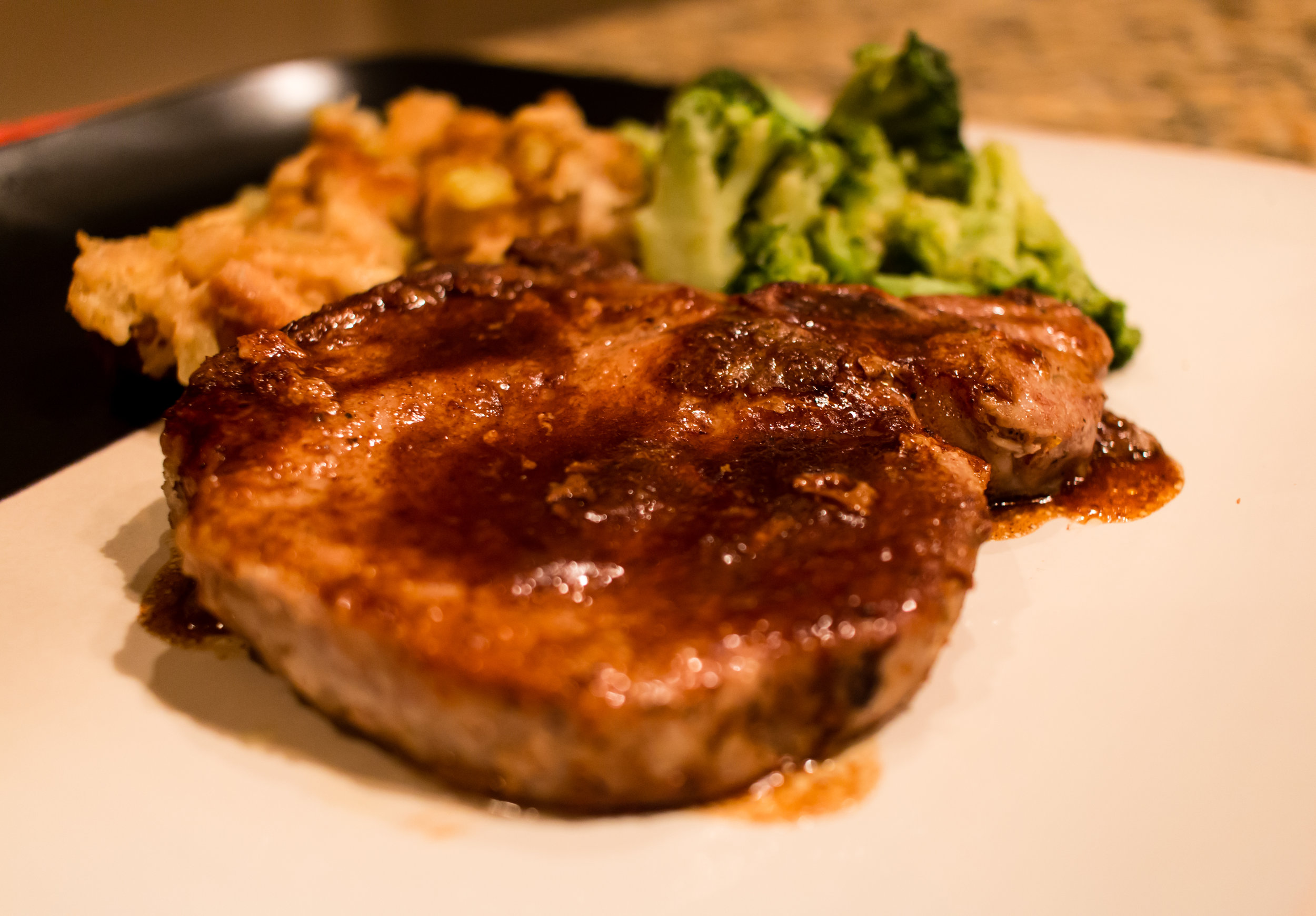 home-chef-recipe-cinnamon-pork-chop