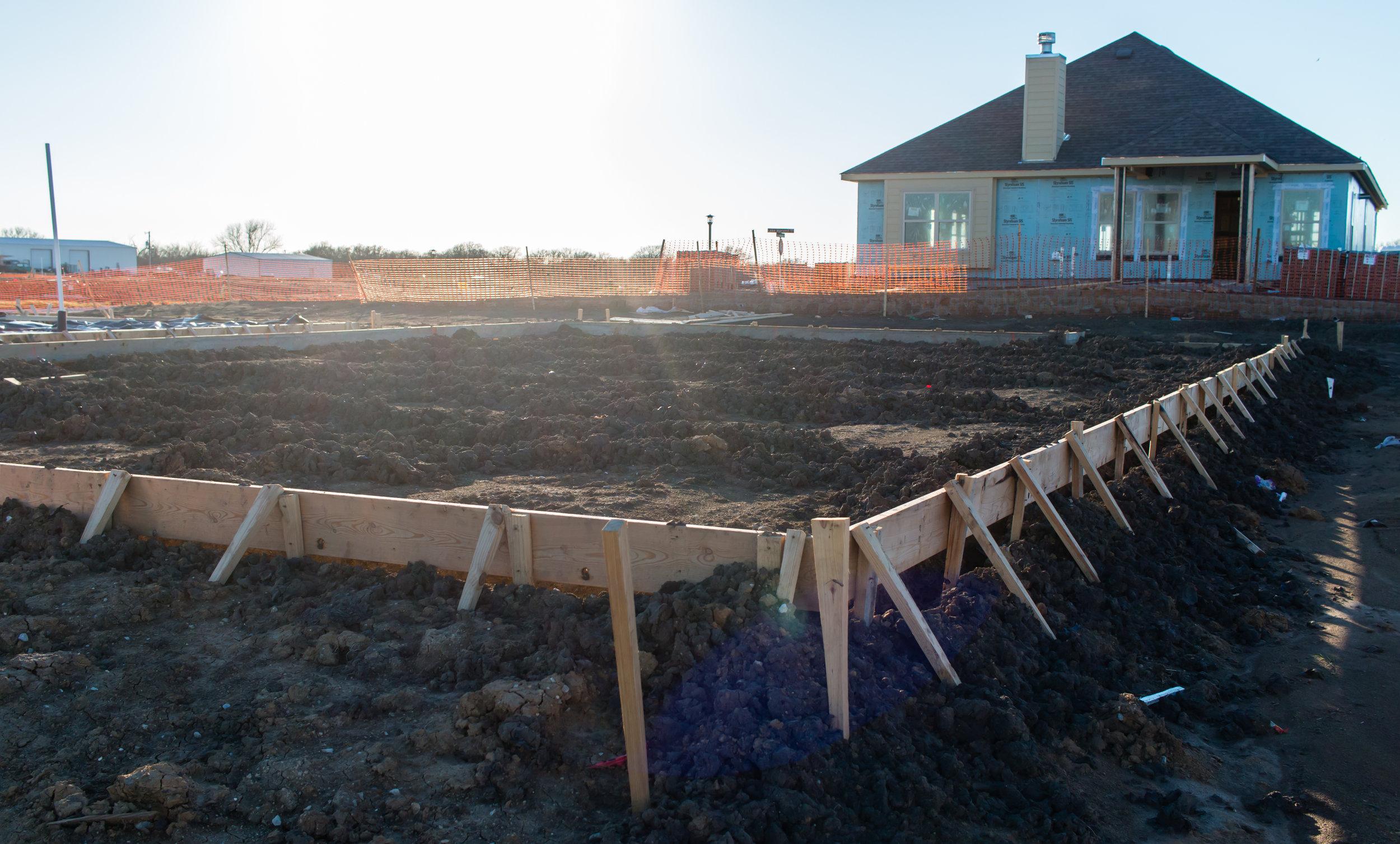 dr-horton-building-new-home