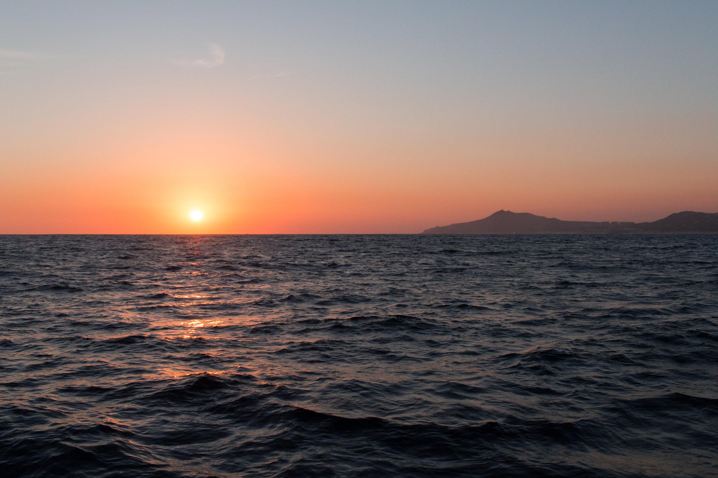 sunset-cabo-sailing-cabo-san-lucas-marina-tours