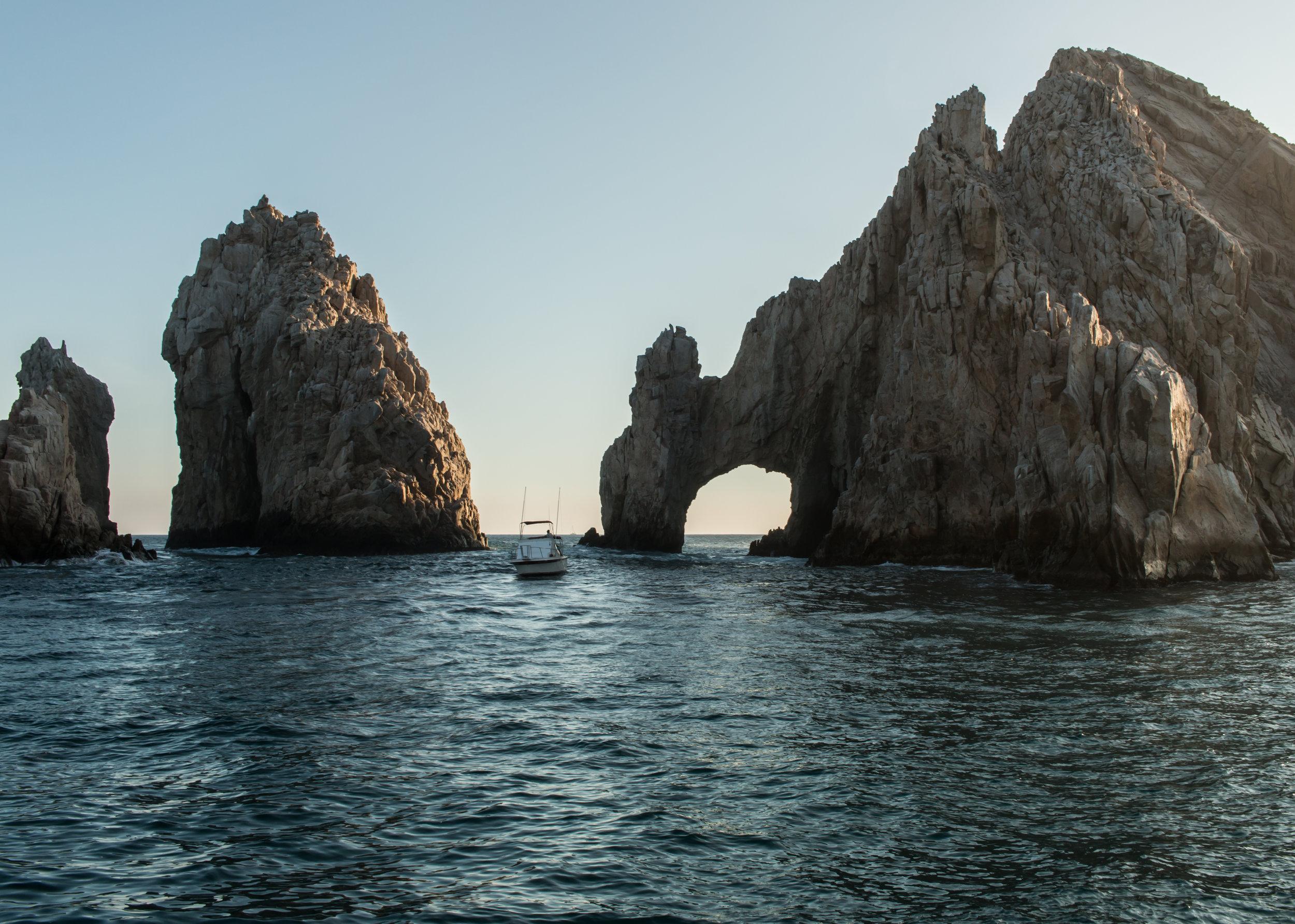 arch-sunset-cruise-tour-cabo-san-lucas-mexico