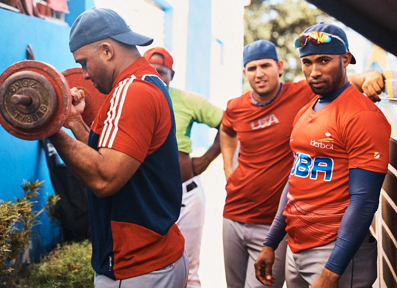 Steven-Counts-Cuba-Baseball-13.jpg